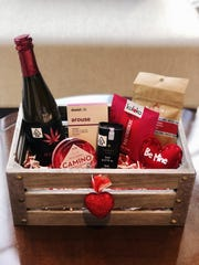 The Leaf El Paseo Valentine's Day basket