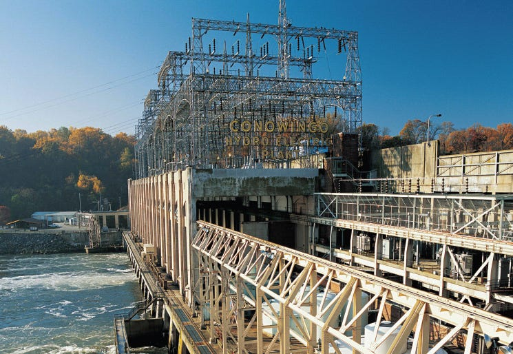The Conowingo Dam's powerhouse contains seven generator units, while four more are outdoors. Most of the indoor units generate 64,500 horsepower, according to Exelon. The dam generates 572 megawatts (power for 165,000 homes), making it Maryland's largest source of renewable electricity.