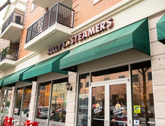 Sully's Steamers in downtown Greenville