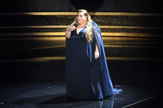 """""""This Is Us"""" star Chrissy Metz got serious in her performance of """"I'm Standing With You"""" from """"Breakthrough."""""""