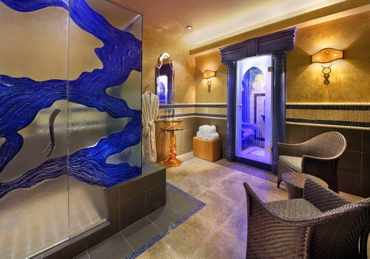 Couples experience private treatments in the Rasul suite at Spa Atlantis.
