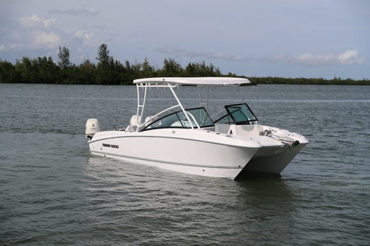 Twin Vee catamarans is debuting its new 240 dual concole and center console models.
