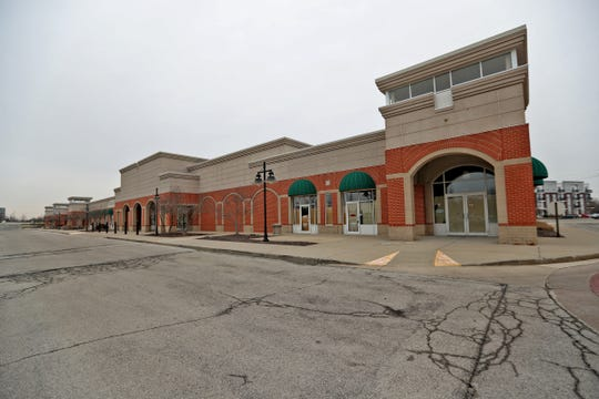 Many businesses are empty at Hamilton Crossing Centre in Carmel, Wednesday, Feb. 12, 2020.  About one quarter of its space is occupied.  Carmel leaders want to help redevelop the center to get better use of the land.