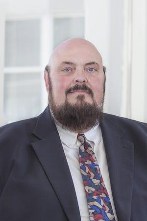 Longtime Milwaukee real estate executive Tom Bernacchi has died.