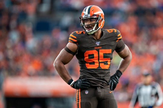Myles Garrett, defensivo de Browns.