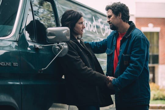 """Kathryn Hahn and Mark Ruffalo in HBO's """"I Know This Much is True."""""""