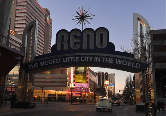 The downtown Reno Arch went dark on Tuesday night in honor of former Reno Major Bob Cashell who died on Tuesday, Feb. 11, 2020. He was 81-years-old.