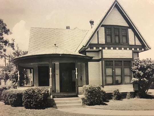 This home, originally located at 418 W. Twohig Ave. in San Angelo, served as the Civic League's meeting place for several years. It can be seen today in the Old Town Conservancy near the Paseo de Santa Angela.