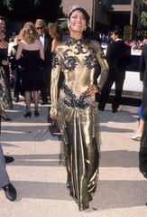 Actress Paula Kelly attends the 41st Annual Primetime Emmy Awards on Sept. 17, 1989, in Pasadena, Calif.