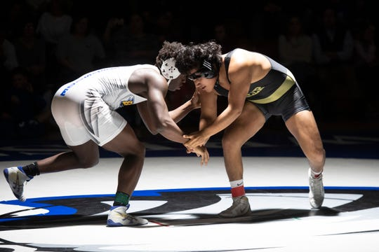 Eastside's Miles Scott (left) and Greer's Ellison Flores (right) have advanced to the Class AAAA state championship round Saturday in Anderson. FILE