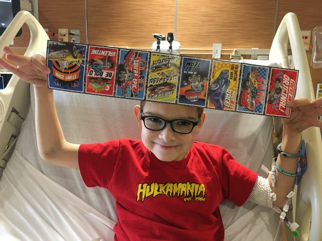 Ten-year-old William Sidebottom is asking for Valentine's Day cards as he awaits a heart transplant at Riley Children's Hospital.