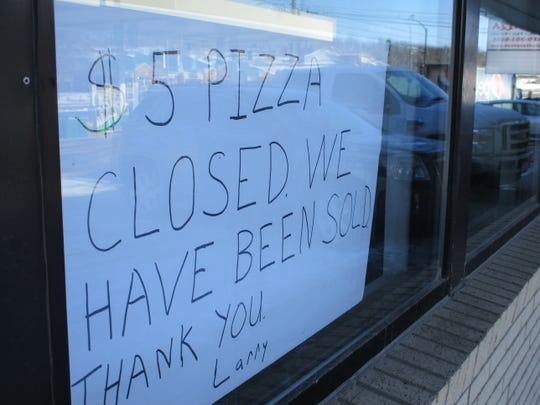 $5 Pizza closed in January of 2020 and a sign in the window of its former home at 521 Highway 1 W. announces that closure on Feb. 13, 2020.