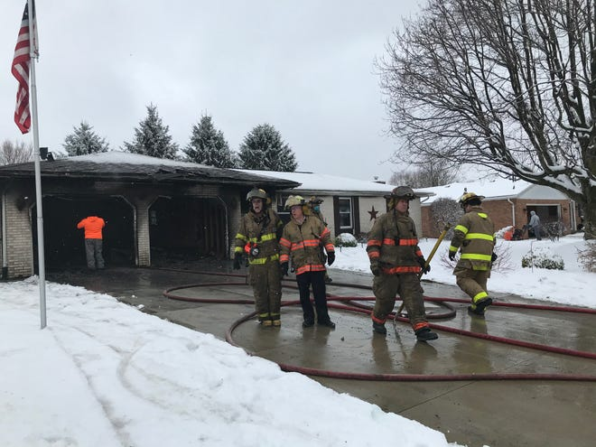 Mansfield firefighters extinguished a garage fire Thursday morning at 639 Bennington Drive off Middle Bellville Rd.