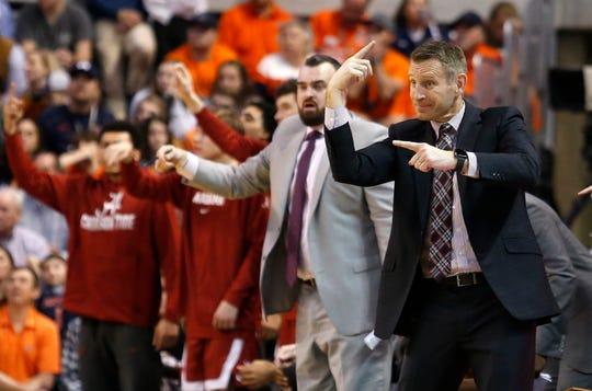 Feb 12, 2020; Auburn, Alabama, USA; Alabama Crimson Tide head coach Nate Oats reacts during the second half against the Auburn Tigers at Auburn Arena. Mandatory Credit: John Reed-USA TODAY Sports
