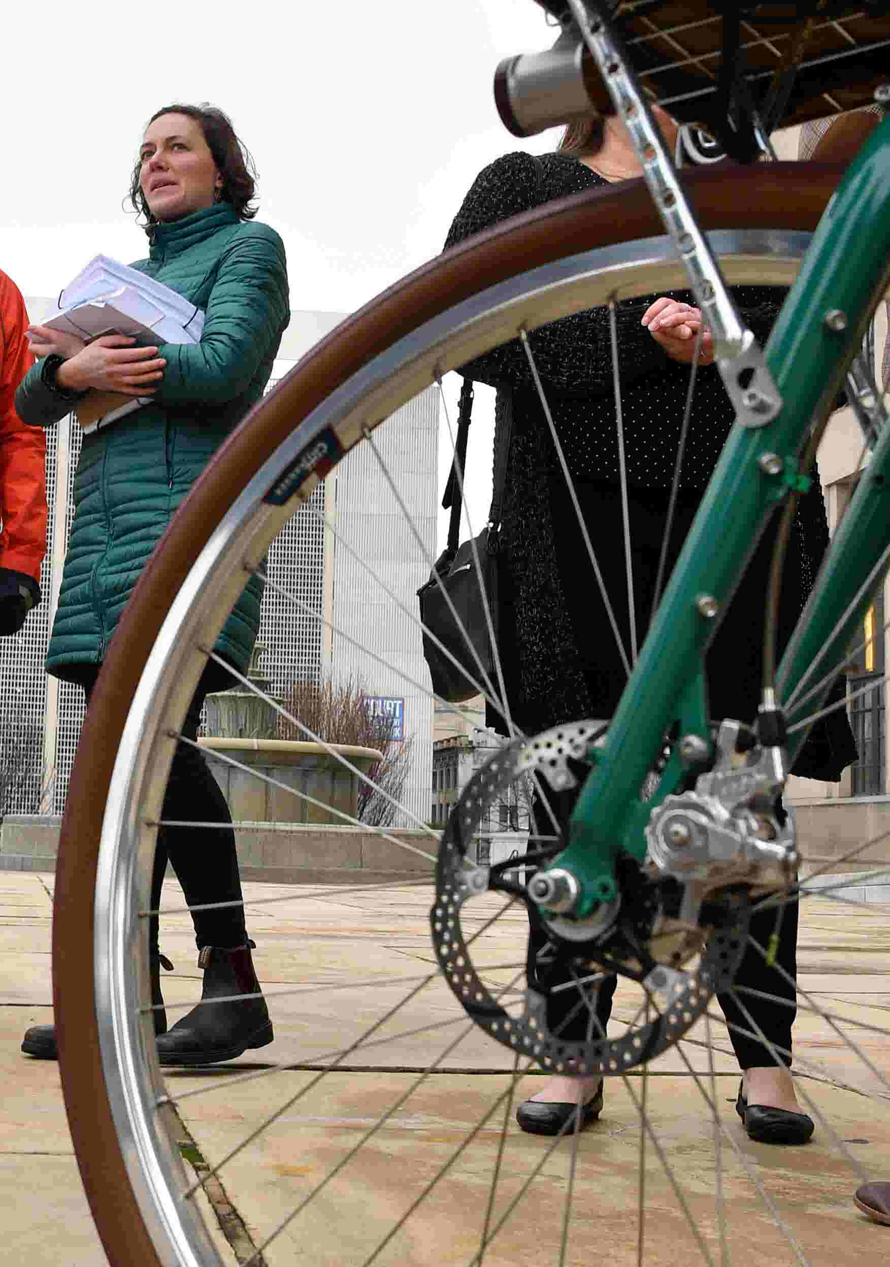 Advocates call for more protected bike lanes in Nashville