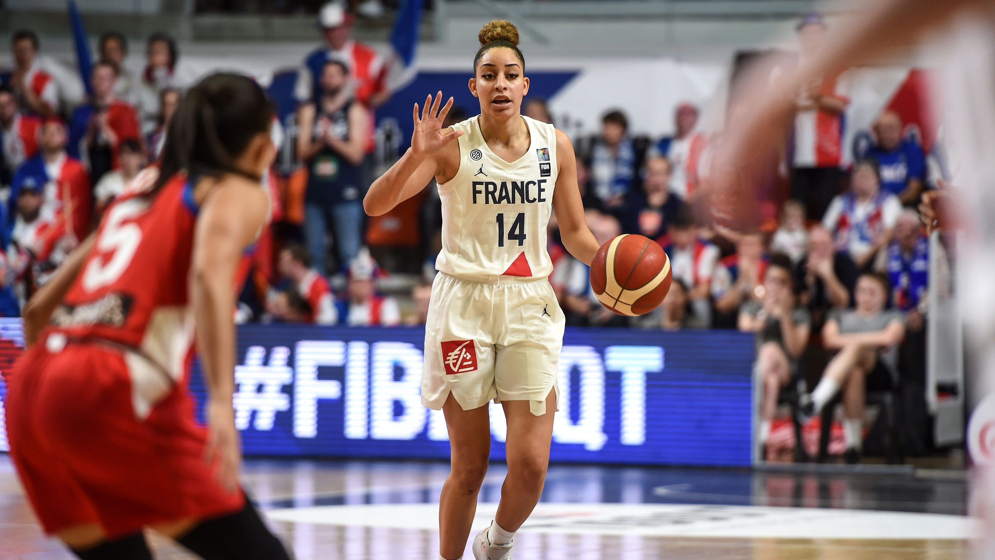 Phoenix Mercury Sign Guard Bria Hartley To Continue Roster Remake There's over 10,000 free games for every type of player and that number keeps growing! phoenix mercury sign guard bria hartley