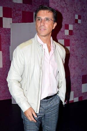 El actor y diputado Sergio Mayer, asegura que la periodista Anabel Hernández lo calumnia.