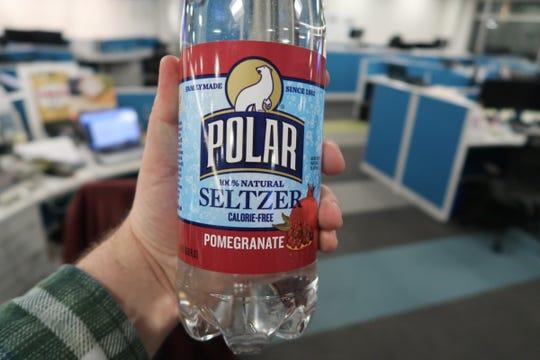 Polar Seltzer Pomegranate