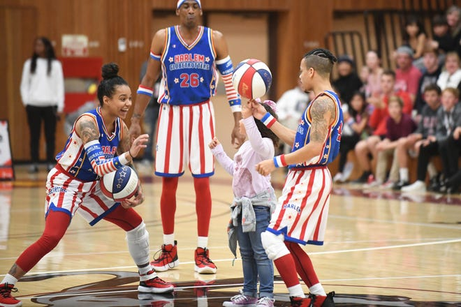 The Original Harlem Globetrotters are trotting their way to the Pensacola Bay Center on Sunday.