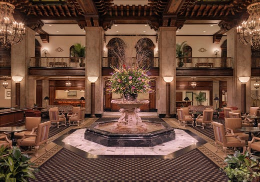 """<strong><a href=""""https://www.historichotels.org/hotels-resorts/the-peabody-memphis"""">The Peabody Memphis</a></strong> (1869) &bull; Memphis, Tennessee &bull; The rooftop of this historic hotel affords a spectacular view of Memphis and a great spot to see the sunset over the Mississippi River, which makes for a perfect place to propose on bended knee. Chez Philippe has been named one of the most romantic restaurants in the U.S., making it a great spot for a celebratory dinner or the perfect backdrop for an engagement. In addition to these romantic spots, the grand lobby of this hotel is another popular spot for couples getting engaged."""