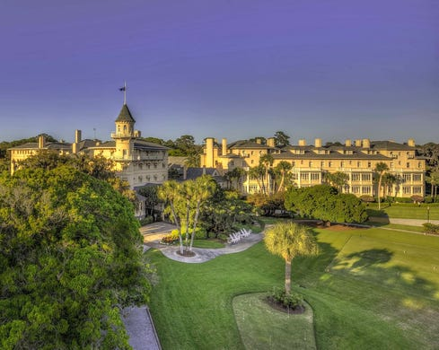 """<strong><a href=""""https://www.historichotels.org/hotels-resorts/jekyll-island-club-resort"""">Jekyll Island Club Hotel</a></strong> (1887) &bull; Jekyll Island, Georgia &bull; Built in the Queen Anne style, the Jekyll Island Club Resort is a castle surrounded by Southern charm. With sweeping Spanish moss and hundred-years-old live oaks, Jekyll Island is one of the most romantic spots in the South. The magic of the island will carry guests back in time to the grandeur of millionaires. From the top of the turret to quiet moments in Crane Garden, this little slice of heaven is perfect for a romantic proposal.&nbsp;"""