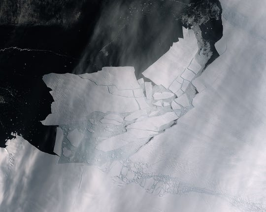 Iceberg twice the size of Washington, D.C., breaks off Pine Island glacier in Antarctica