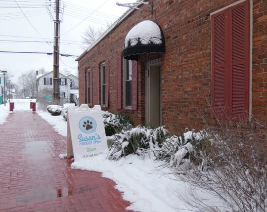 Susan's Doggy Spa is at 228 N. Seltzer St., Crestline. The new entrance is off the alley.