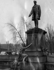 Statue of Abraham Lincoln in Avondale, Ohio.