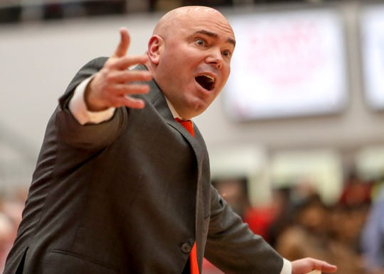 APSU head coach Matt Figger yells to a referee during an OVC conference basketball game between the Austin Peay Governors and Murray State Racers at the APSU Dunn Center in Clarksville, Tenn., on Thursday, Feb. 13, 2020.