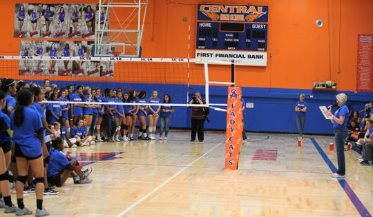 San Angelo Central High School head volleyball coach Connie Bozarth addresses the crowd and players during a 2019 fundraiser.