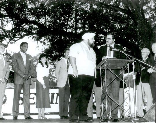 The late Burt Reynolds and friends at the dedication of Burt Reynolds Hall on Sept. 5, 1987.
