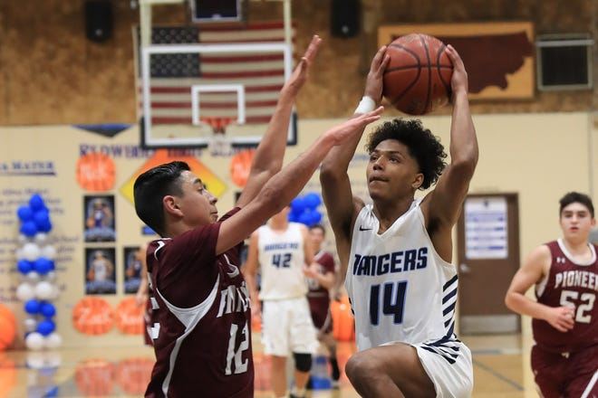 The Redwood High boys basketball team is aiming to clinch its first appearance in a Central Section final since 1992.