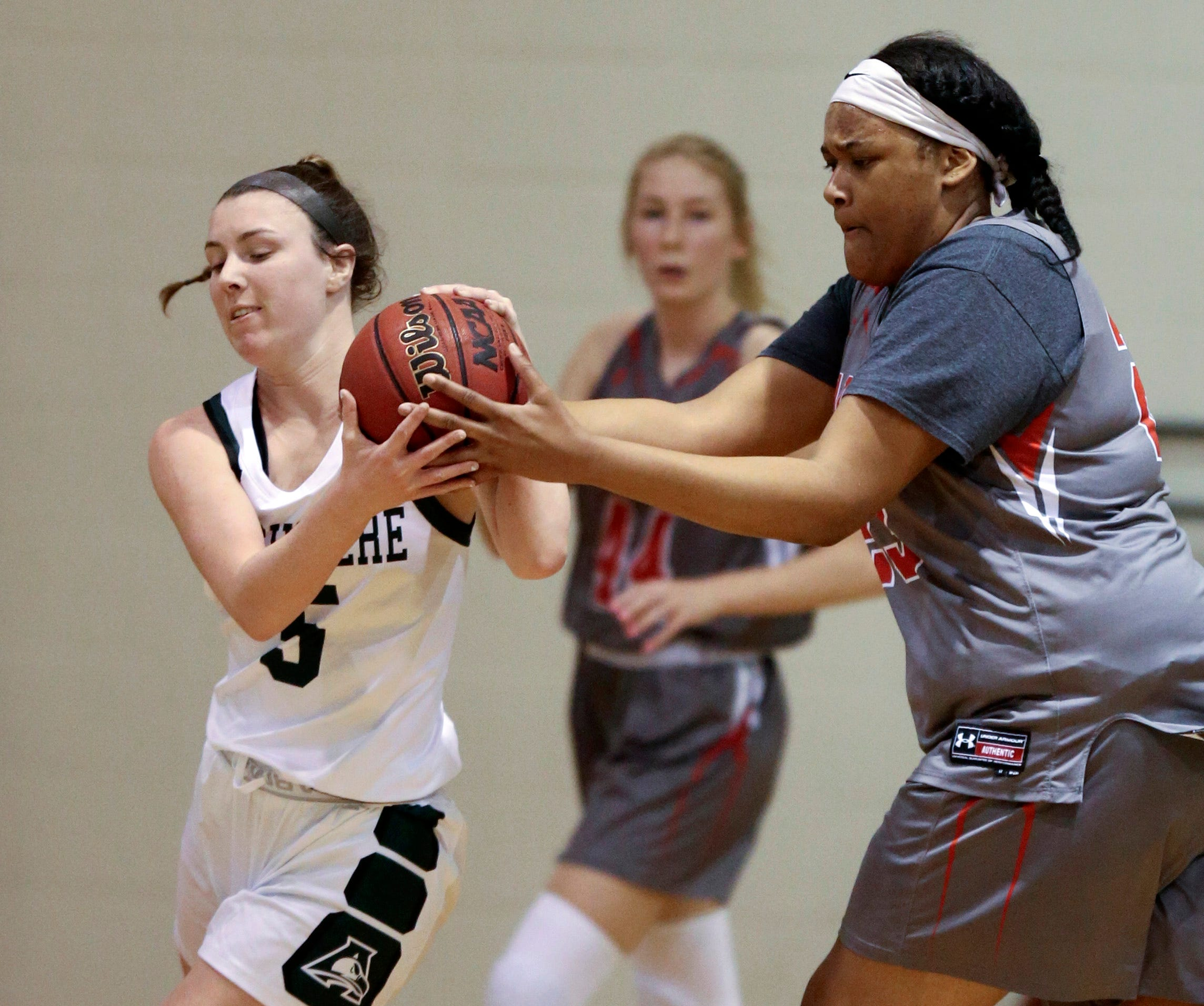 Red Wolves get into gear against Archmere