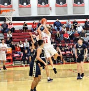 Fairfield Union's Andrew Moll get set to take a shot against Teays Valley Friday night.
