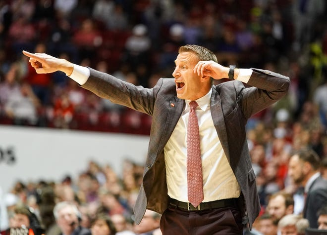 Feb 15, 2020; Tuscaloosa, Alabama, USA; Alabama Crimson Tide head coach Nate Oats during the first half against LSU Tigers at Coleman Coliseum. Mandatory Credit: Marvin Gentry-USA TODAY Sports
