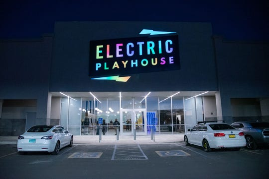 New Mexico State University's Arrowhead Innovation Fund invested to help jump start Electric Playhouse, an Albuquerque restaurant catering to new gaming and culinary encounters. Officially open since Feb. 1, Electric Playhouse is an interactive and immersive gaming experience that merges creative play with great food.
