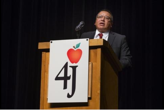 Eugene School District Superintendent Gustavo Balderas  welcomes staff at South Eugene High School back to school.