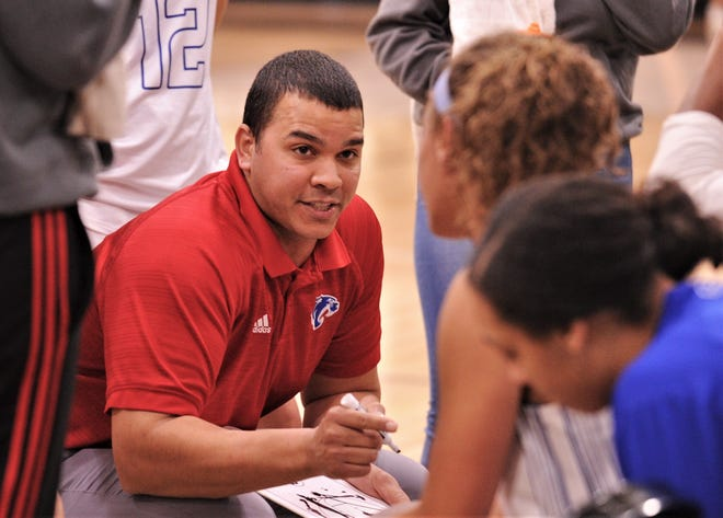 Arsenio Geter led Cooper to its first 20-win season and district title since the 2006-07 season during his first season with the program last year. The Lady Coogs had posted four consecutive 20-loss seasons before Geter's arrival.