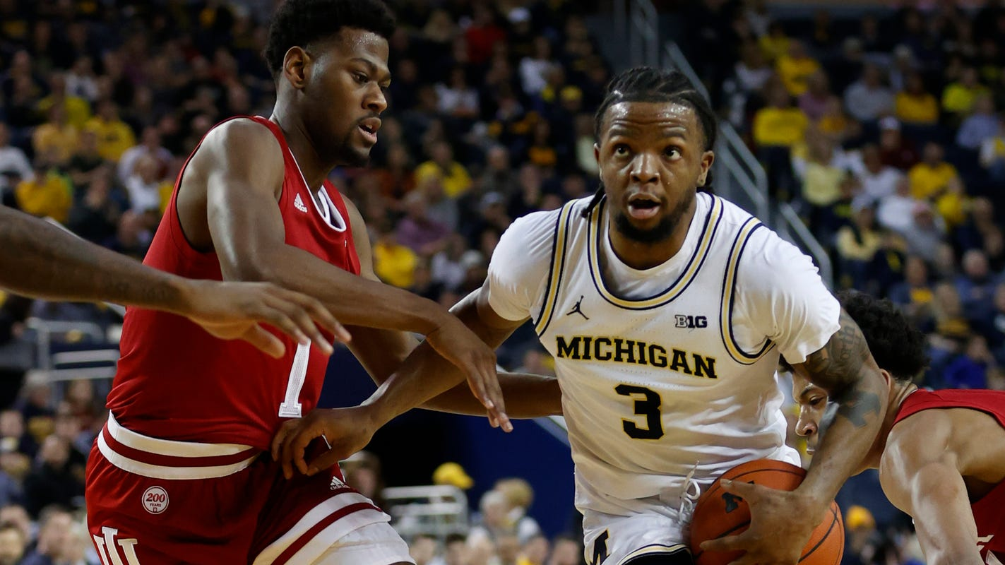 Michigan basketball blitzes Indiana, 89-65, might've avoided injury scare to Isaiah Livers