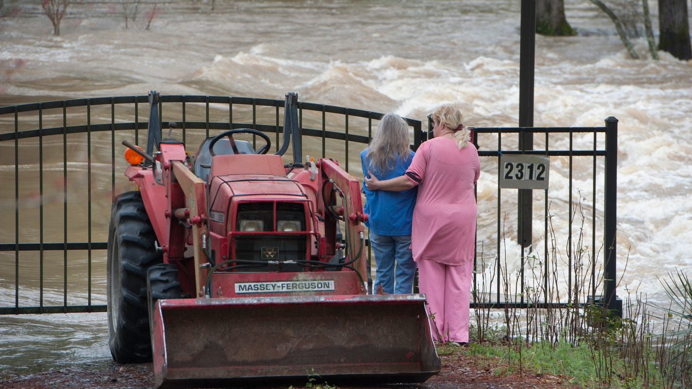 'Historic, unprecedented' flooding swamps southern U.S.; Mississippi and Tennessee hardest hit