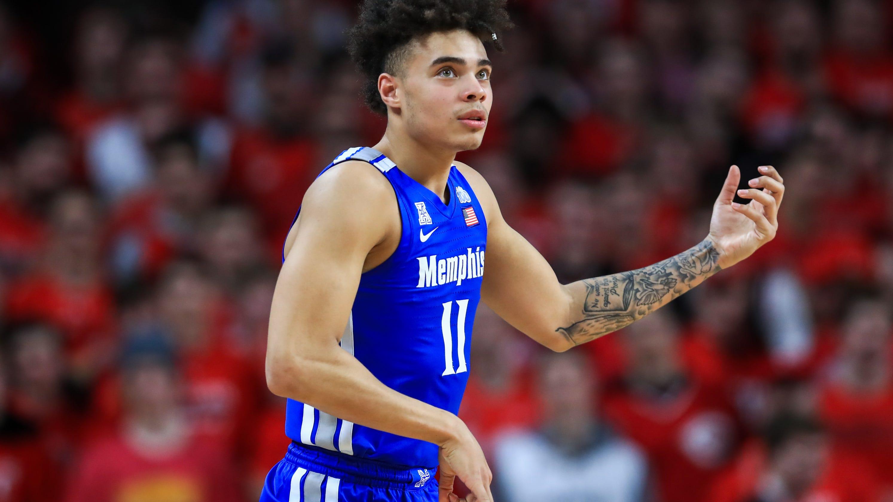 Live updates: Memphis basketball at UConn
