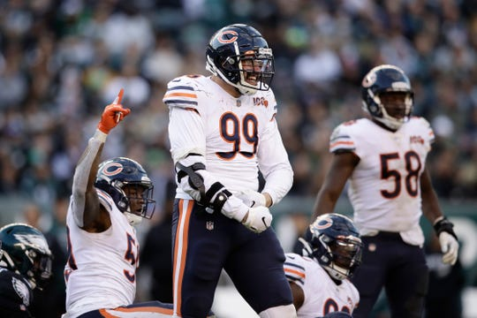Chicago Bears defensive end Aaron Lynch had a pair of sacks last season.