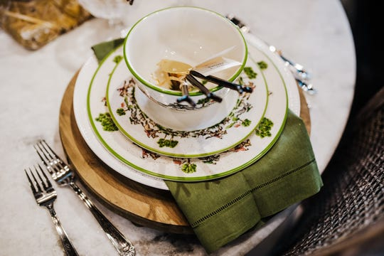 With accessories you can take your favorite place setting from a reindeer forest theme to a fresh outdoor garden look quicker than a dinner guest can say pass the salt.
