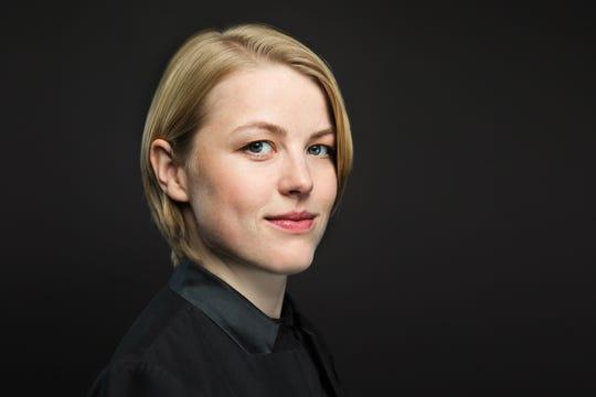 Ruth Reinhardt conducts a Milwaukee Symphony program featuring music by Dvorak and Smetana March 5-6, 2021.