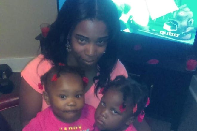 "Amarah ""Jerica"" Banks is seen in an undated photo with her two daughters, Zaniya Ivery and Camaria Banks."