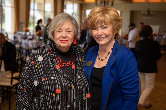 Steinway supporter Phyllis Eisenberg chats with Marly Bergerud, board member.