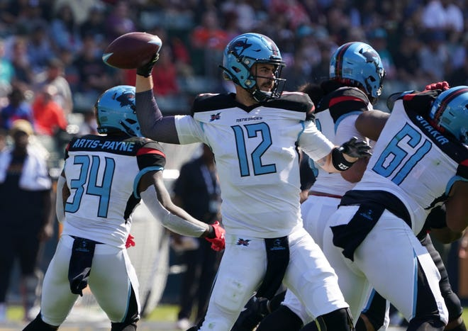Landry Jones threw for 305 yards, a touchdown and two interceptions in the Dallas Renegades' win in Carson, Calif.