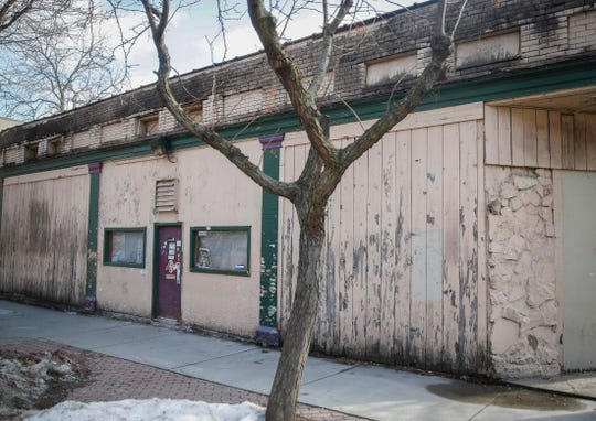 Carl's Place, a dive bar in Des Moines' Sherman Hill neighborhood, will be closed for two weeks.