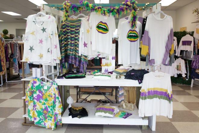 Sweet Caroline on Kaliste Saloom offers Mardi Gras jewelry and clothing - including plus sizes.