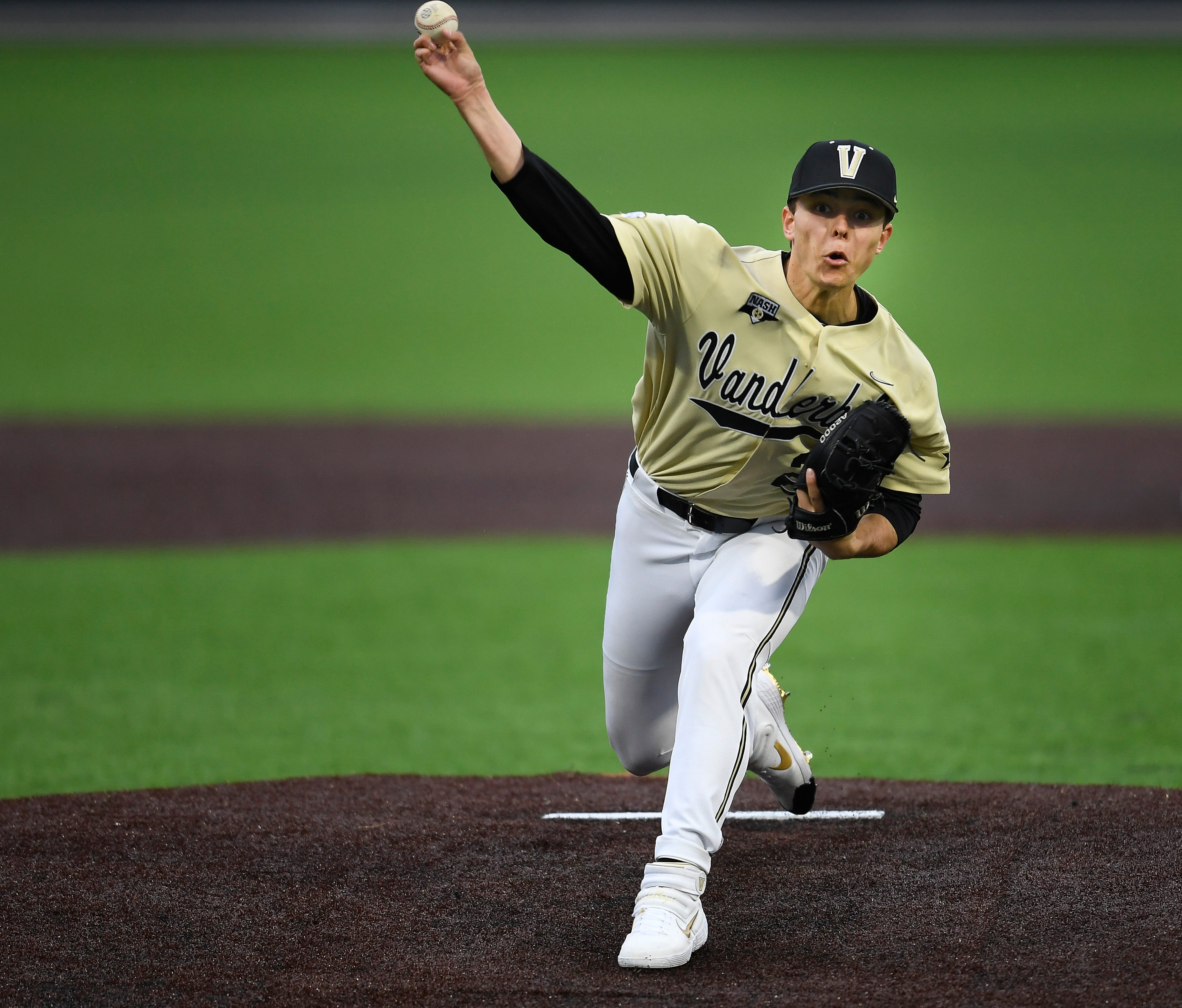 Vanderbilt baseball cruises as Jack  Leiter shines in college debut